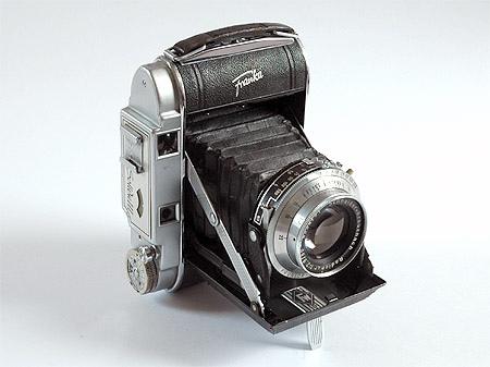 Selecting a Vintage Camera I: Roll Film Cameras   Through a