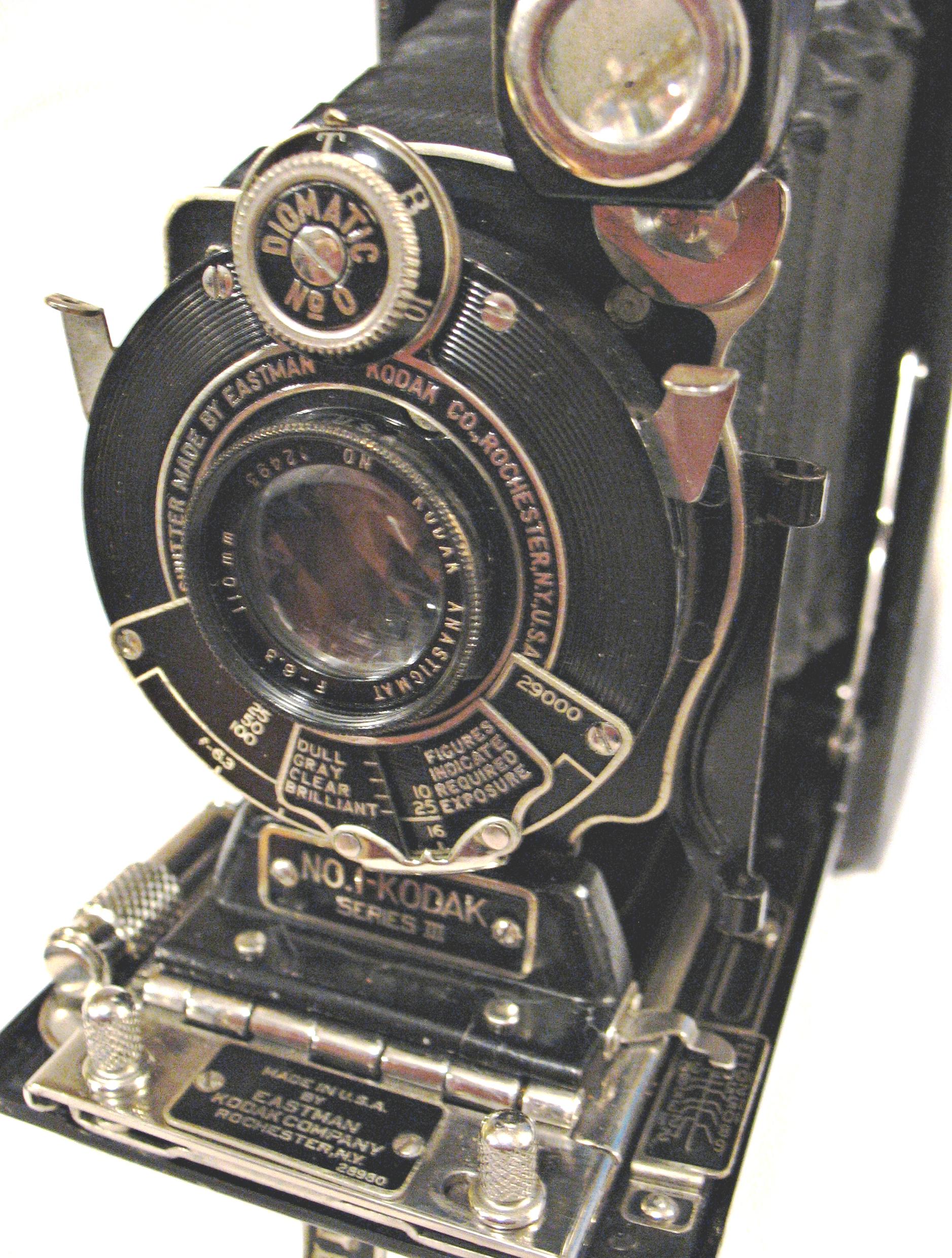 selecting a vintage camera ii kodak cameras through a. Black Bedroom Furniture Sets. Home Design Ideas